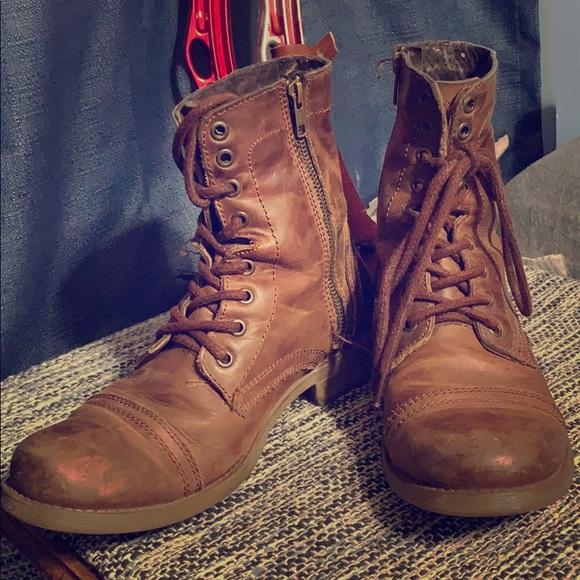 65b46fe651a Steve Madden boots Troopah - C. M 5c2981d3c89e1d5fabc8a785